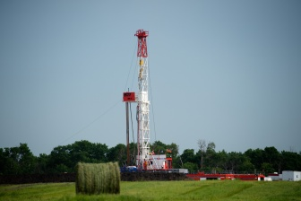 Betts Rig 3-0041HDR-1920px